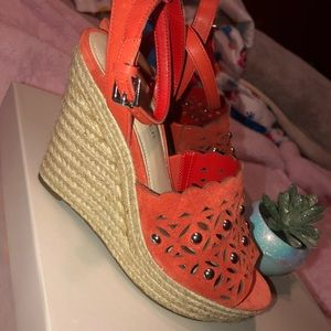 New Marc Fisher orange suede heel sandal wedges